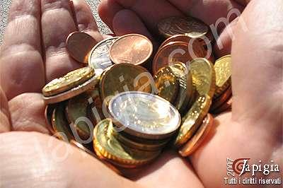 una manciata di monetine